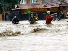 Cod portocaliu de inundatii in mai multe judete