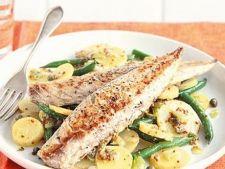 Salata de macrou marinat cu cartofi si sparanghel