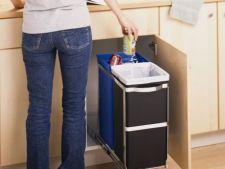 Igienizarea cosului de gunoi: de ce este importanta si cum sa o faci corect