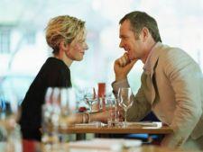 4 motive pentru care esti atrasa de barbatul nepotrivit