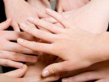 3 lucruri pe care aspectul unghiilor tale le dezvaluie despre sanatatea ta