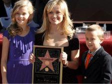 Copii celebrii de la Hollywood care seamana leit cu parintii lor