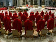 Scandal Vatican: Minori romani recrutati sa intretina relatii sexuale cu preotii