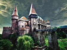 Castelul Corvinilor din Hunedoara, in top 10