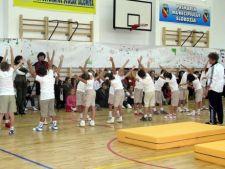 Parlamentarii vor sa introduca in scoli programul
