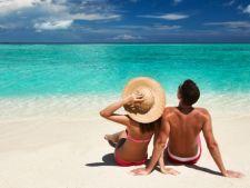 5 cosmetice pe care trebuie sa le iei cu tine in luna de miere