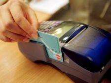 UE vrea sa ofere comisioane mai mici pentru platile cu cardul