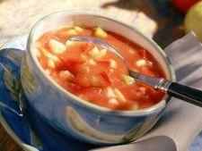 Supa racoritoare de rosii inspirata din bucataria spaniola