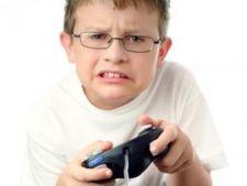 Copiii cu autism sau cu ADHD sunt mai predispusi sa devina dependenti de jocurile pe calculator