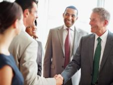 3 ponturi pentru a nu fi frustrat ca seful tau are un angajat favorit