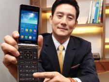 Samsung Galaxy Golden, smartphone-ul cu ecran dual este oficial