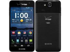 Smartphone-ul Kyocera Hydro Elite, lansat cu ajutorul lui Bear Grylls