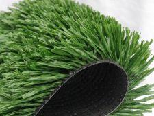Argumente pro si contra pentru iarba sintetica in gradina ta