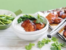 Pui indonezian cu broccoli