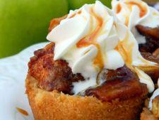 Tarta cu mere si crema de caramel