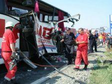 Accident grav la Nadlac: trei morti si 29 de raniti