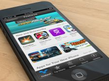 3 motive pentru care ar trebui sa iti cumperi un iPhone 5S si 3 pentru care nu ar trebui sa faci ace