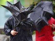 Codul galben de ploi si vant prelungit