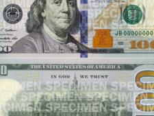Americanii au o noua bancnota de 100 de dolari