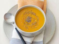 Supa cu dovleac si nuci caju