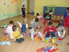 Schimbarile in Educatie, la ordinea zilei: gradinita obligatorie de la 5 ani si noi modificari la ad
