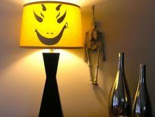 Lampa infricosatoare de Halloween: 4 pasi sa o realizezi acasa!