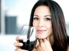 Vinul poate produce infertilitate femeilor