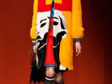 Cromatica inedita si tinute surprinzatoare de la Prada pentru 2014