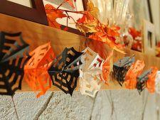 Decoratiuni de Halloween: fa-ti propria ghirlanda