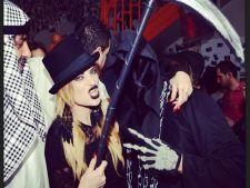 Cum s-au mascarit vedetele de Halloween