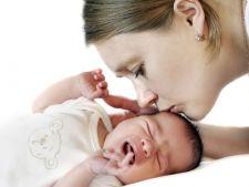 Probioticele ajuta la calmarea bebelusului afectat de colici