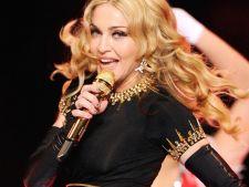 Topul celor mai bine platiti cantareti in anul 2013