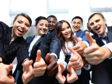 Persoanele optimiste au sanse mai mari de angajare
