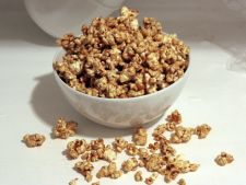Popcorn crocant cu vanilie si caramel