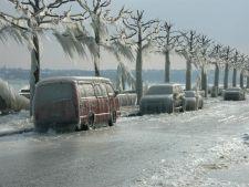 Vremea rea continu: avertizare de ninsori si vant puternic