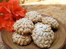 Biscuiti cu seminte de pin