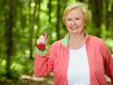 5 tipuri de exercitii fizice usoare care te mentin in forma la varsta a treia