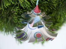 Ornamente sic din hartie pentru bradul de Craciun