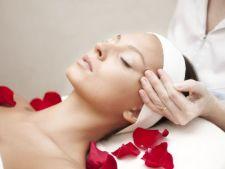 Masajul facial cu efect de intinerire: te scapa de riduri si iti sterge 5 ani de pe chip