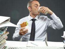 Topul joburilor care prezinta cel mai mare risc de ingrasare