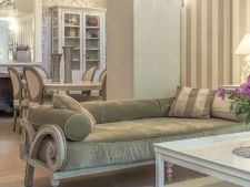 Cum alegi culoarea perfecta pentru canapeaua din living