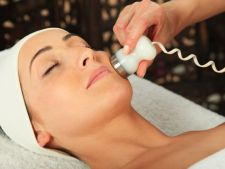 Combate acneea prin proceduri cosmetice avansate. Incearca microdermoabraziunea!