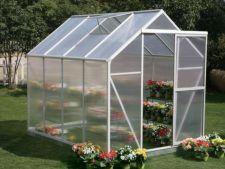 Solariile, o maniera ecologica si foarte utila pentru decorarea gradinilor