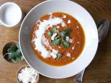 Scortisoara in supa? 6 condimente neobisnuite cu care sa-ti personalizezi supele