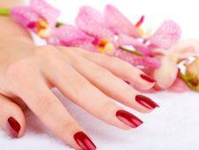 5 erori pe care trebuie sa le eviti atunci cand iti faci unghiile