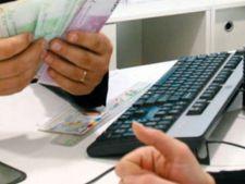 Guvernul vrea sa plateasca jumatate din ratele datornicilor la banci