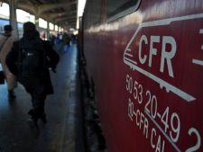 CFR vine in sprijinul calatorilor: abonamentele de tren pot fi cumparate si de la automatele de vanz