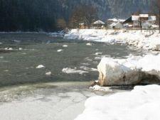 Pericol de inundatii dupa incalzirea vremii. Vezi zonele de risc din Romania