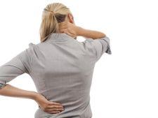 6 obiceiuri proaste care favorizeaza durerile de spate
