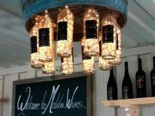Corpuri de iluminat din sticle de vin! Adopta si tu un decor inedit
